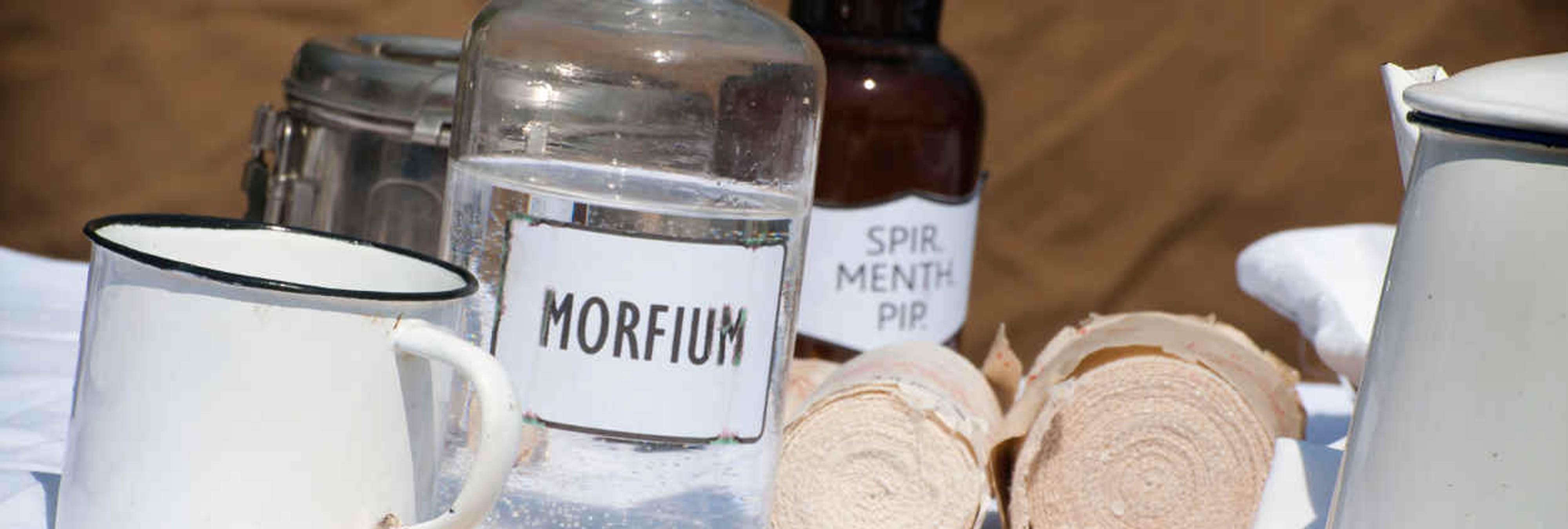 El médico que recetaba morfina a los muertos, al banquillo de los acusados