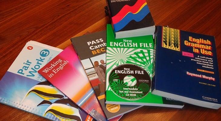 Tendrás que hincar los codos con el inglés si quieres un buen trabajo