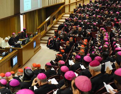 """Los homosexuales han de ser tratados """"con sensibilidad y delicadeza"""", según el Vaticano"""