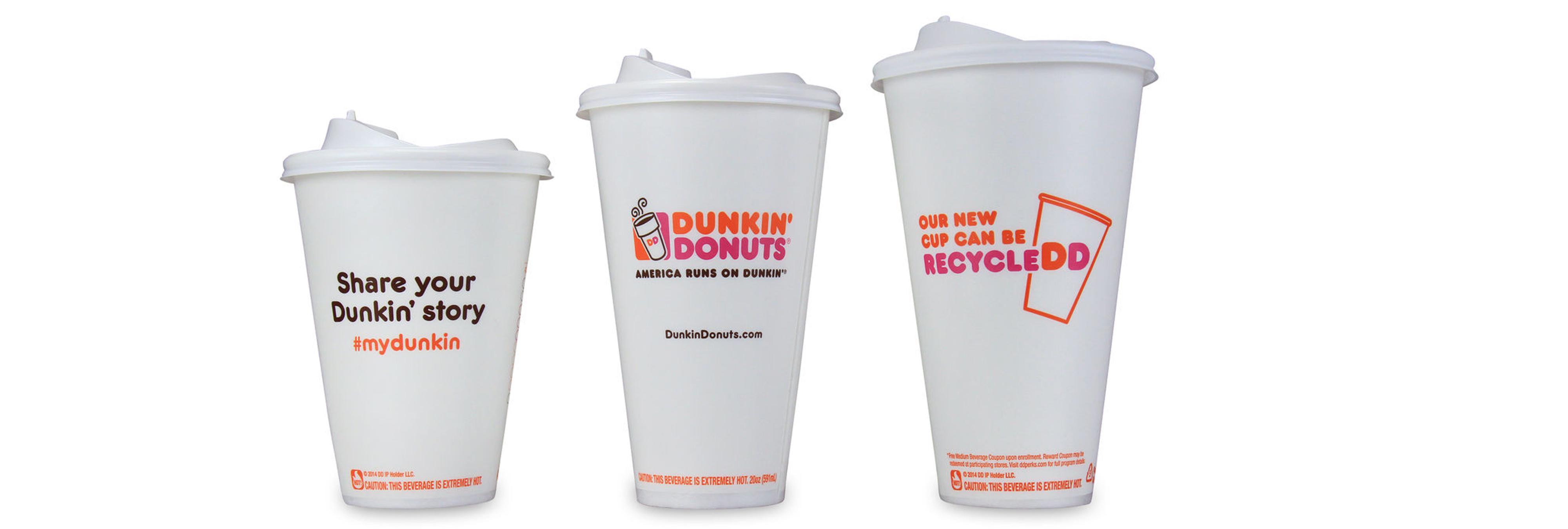 Una empleada de Dunkin' Donuts encuentra un feto en una taza de café