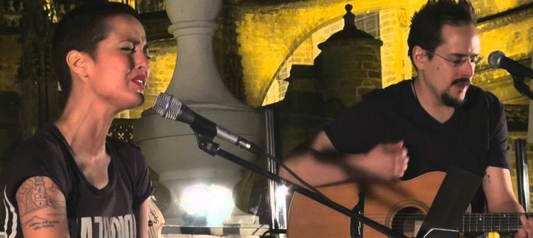 Vega ha cantado en varias ocasiones en los tejados andaluces