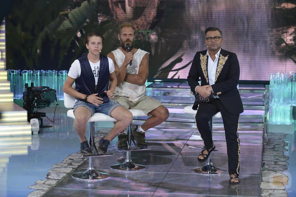 ¿Os fijasteis que Jorge Javier fue a la tele en sandalias?