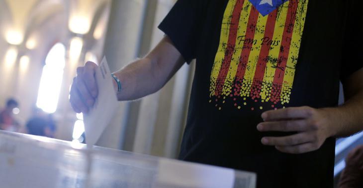 La Constitución se aprobaría mediante referéndum