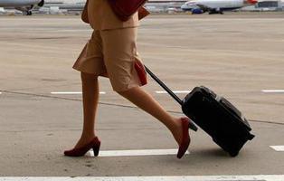 Una azafata de vuelo ejercía la prostitución en los baños del avión
