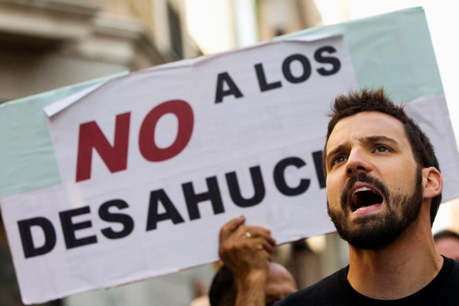 Manifestante en contra de los desahucios