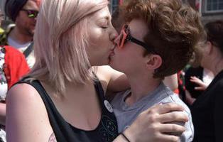 No existen las mujeres heterosexuales según un estudio británico