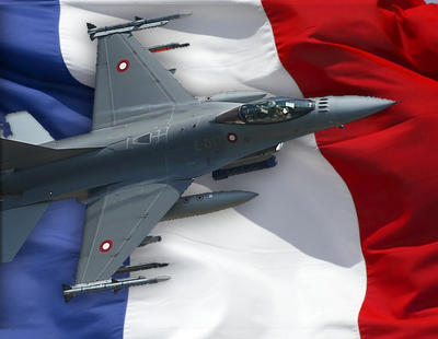 Francia bombardea al Estado Islámico en Raqqa tras los atentados de París