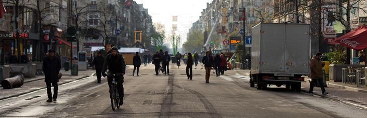 Las calles de Bruselas están bastante vacías