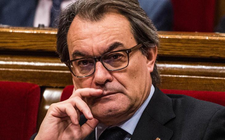 Mientras tanto, Artur Mas no logra ser President