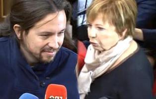 """Celia Villalobos: \""""Pablo Iglesias no me escupió porque había mucha gente delante\"""""""