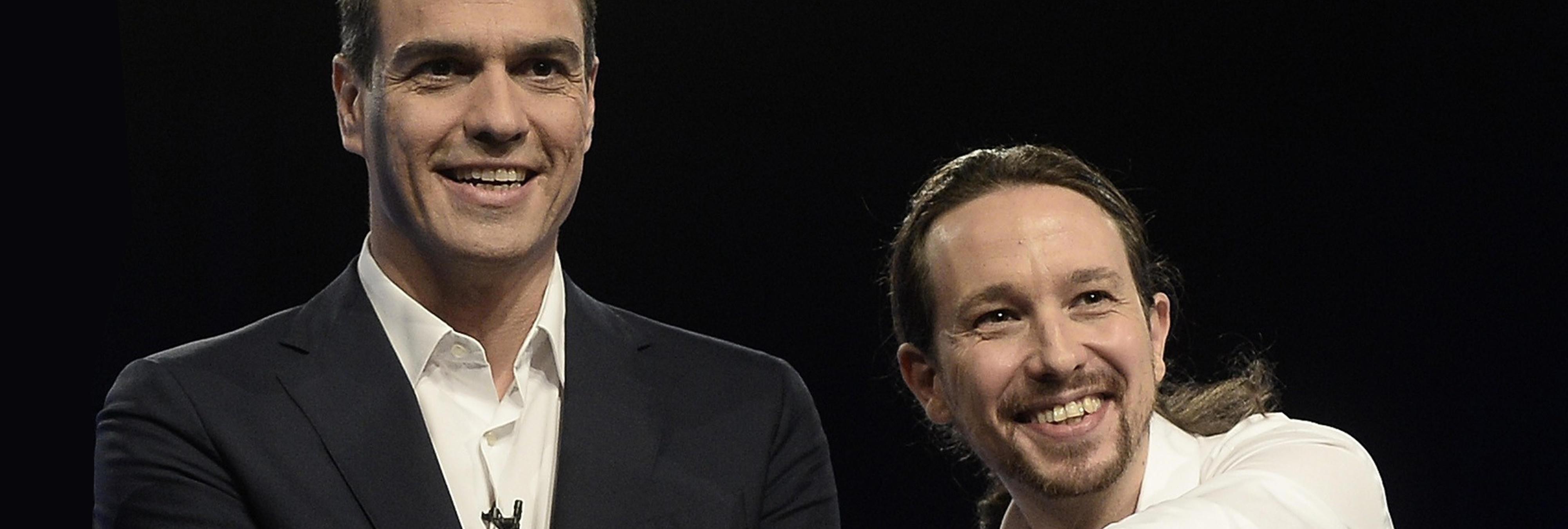 Pedro Sánchez y Pablo Iglesias, lo que separa la política lo une #Peblo