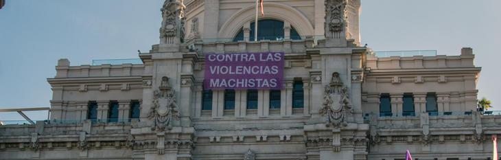 Pancarta contra la violencia machista, en noviembre