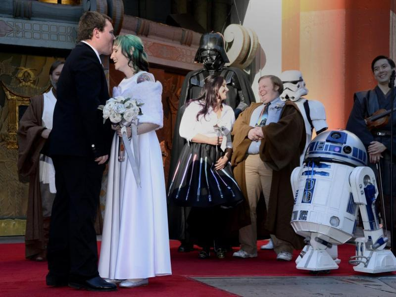 R2-D2, el robot padrino (EFE)