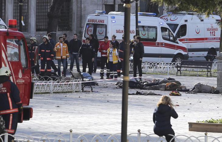 10 muertos y 15 heridos en la explosión de Estambul