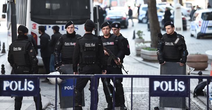 La policía está impidiendo el paso