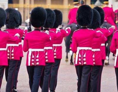 Así son los servicios secretos británicos, la empresa más gay-friendly de Reino Unido