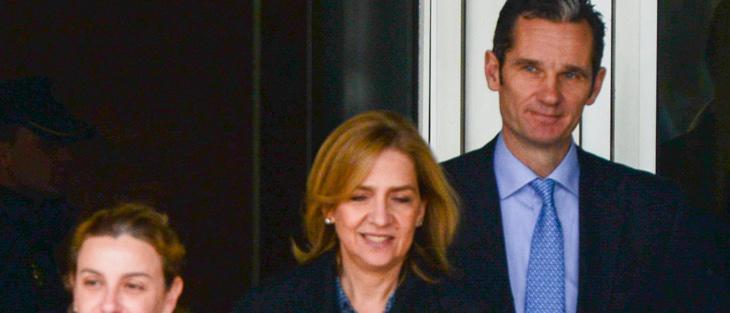La Infanta Cristina y Urdangarin abandonan la Audiencia