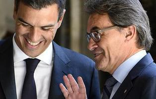Las 23 peticiones de Artur Mas que Pedro Sánchez está dispuesto a estudiar para lograr la investidura