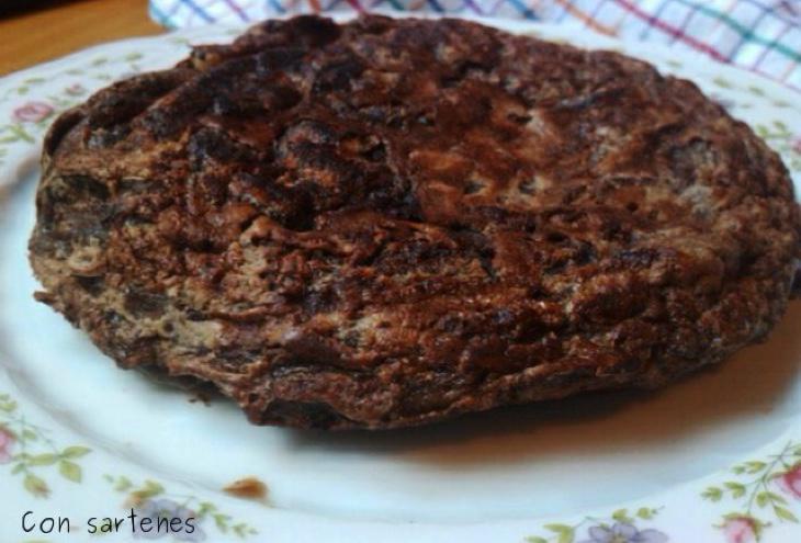 Tortilla de chocolate (Foto: Con sartenes y a lo loco)