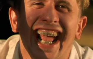 #PelisConVitaldent: La red sonríe con los dientes, dientes que han estafado