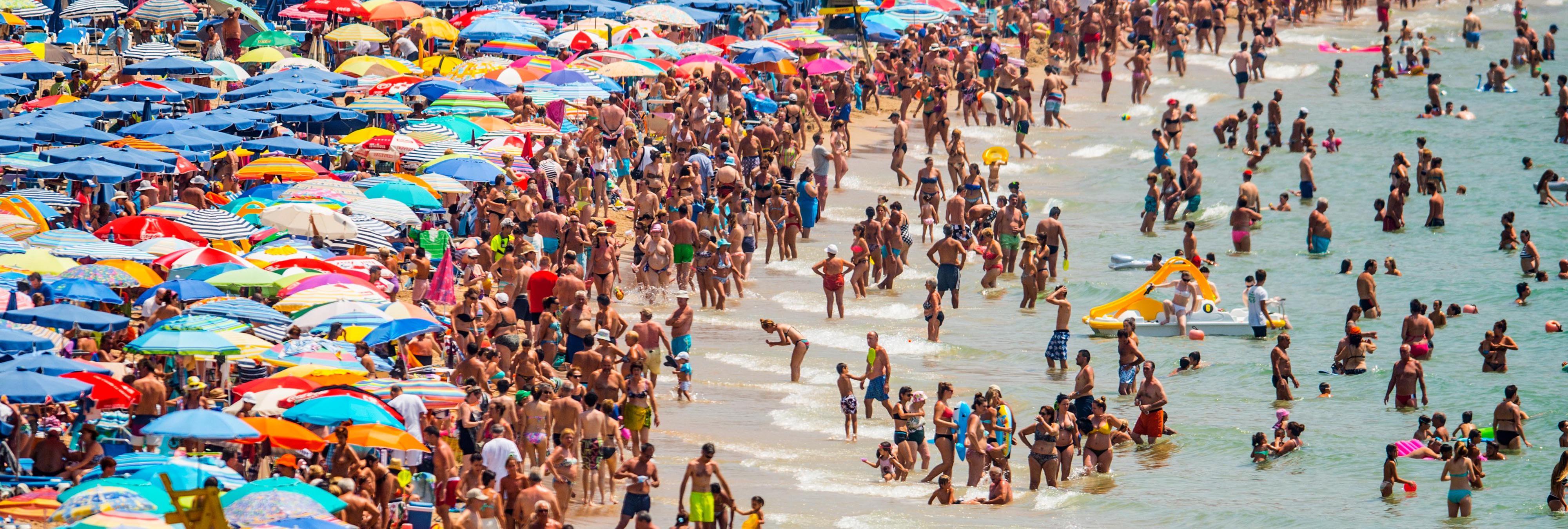España se prepara para un verano de oro mientras los turistas evitan el Zika y el terrorismo