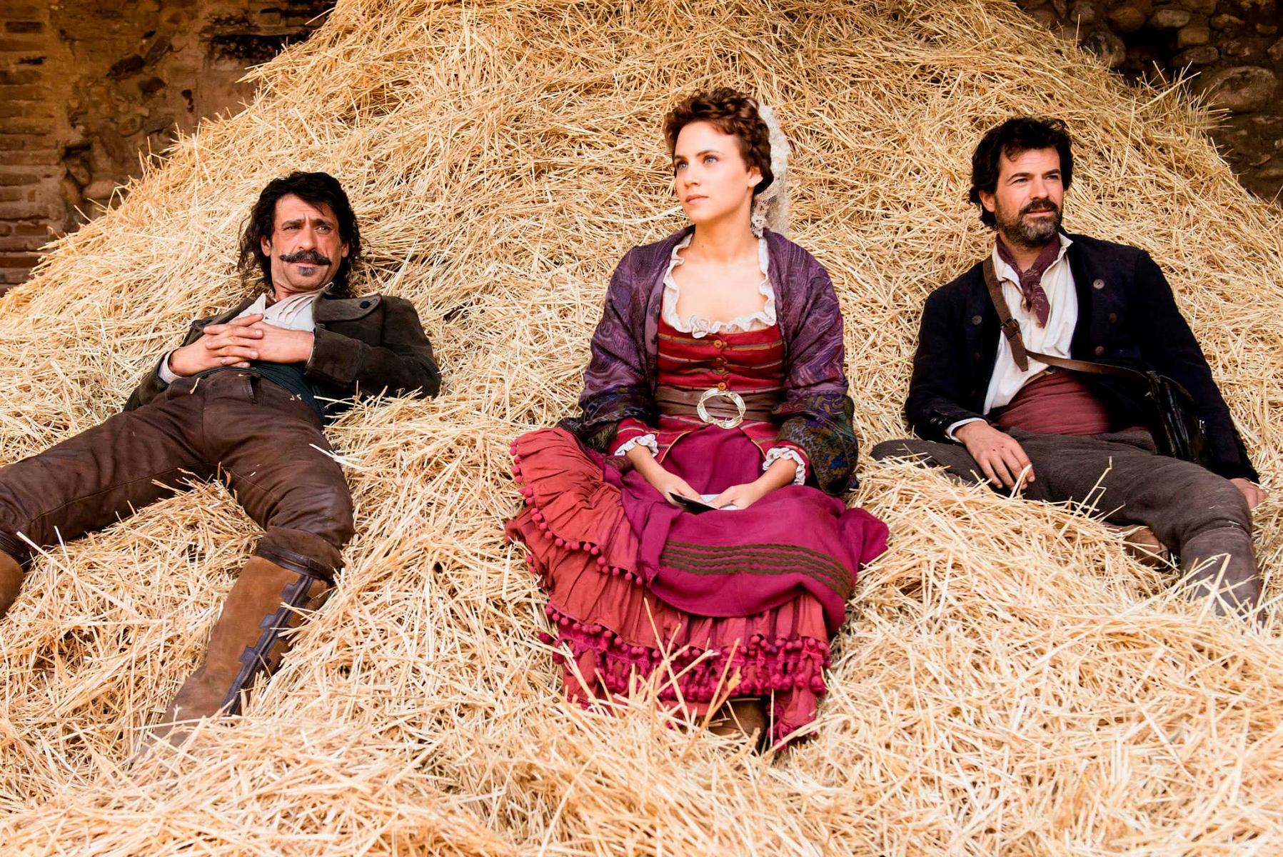 Alonso, Amelia y Julián