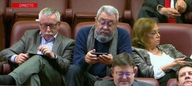 Los líderes sindicales, ignorando el discurso de Pedro Sánchez