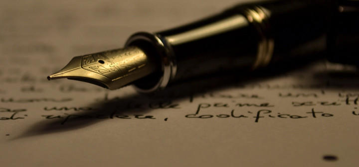 Mi primer recuerdo escribiendo es con seis o siete años