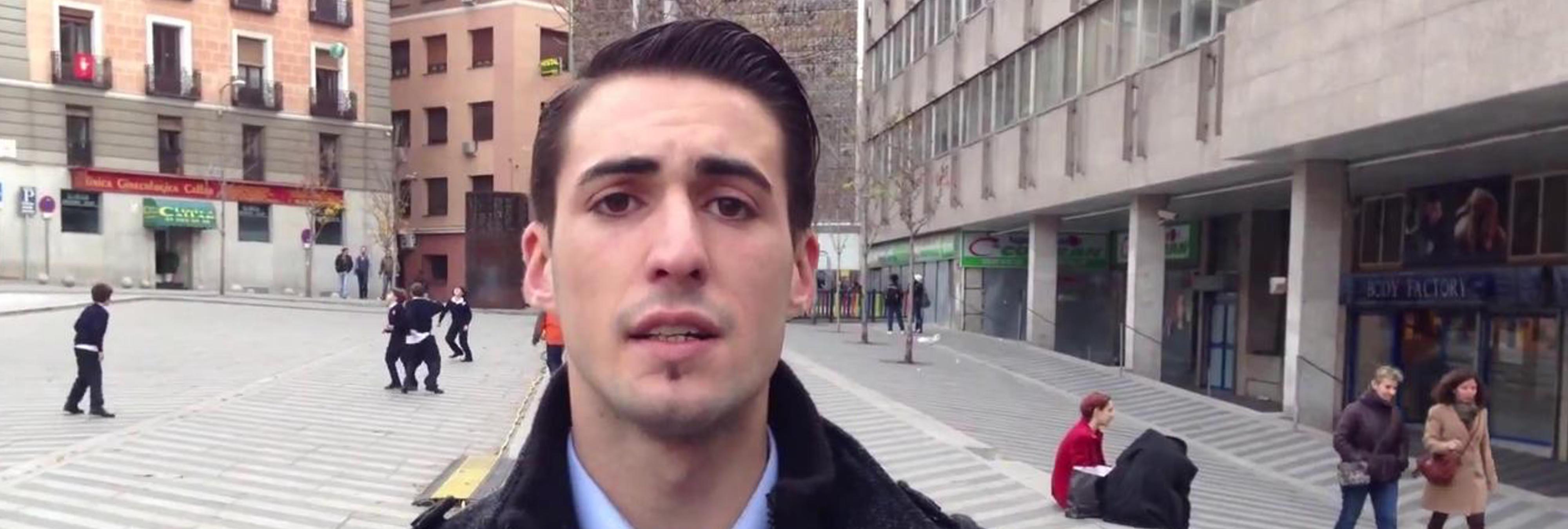 ¡Uf, qué pena! Piden que Álvaro Reyes cierre el canal de YouTube en el que enseña a acosar a mujeres