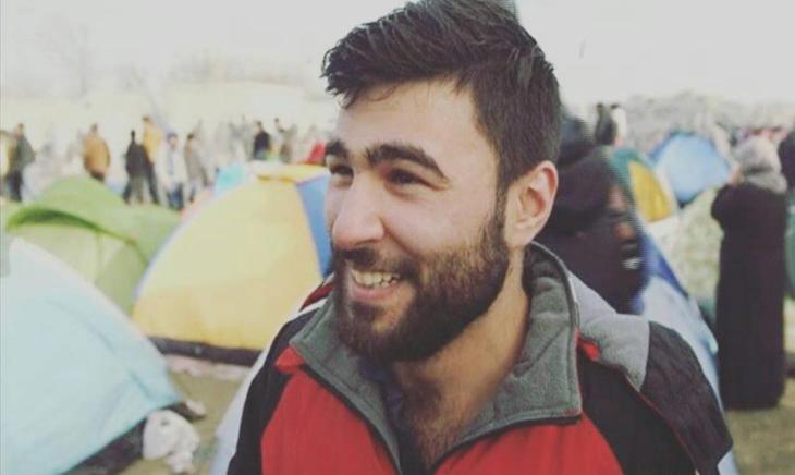 Hot Migrants, la cuenta de Instagram que recopila fotos de refugiados guapos