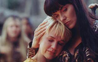Las escenas lésbicas que sí veremos en el reboot de 'Xena'