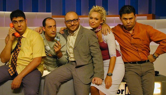 El equipo de la tercera temporada de 'El Informal'