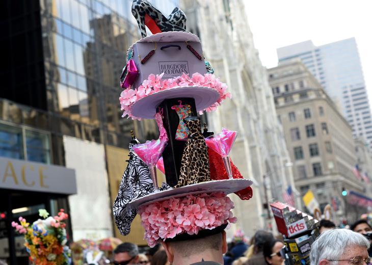 En la Easter Parade los sombreros y tocados son los protagonistas