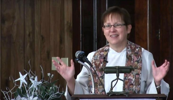 Cynthia Meyer, una pastora lesbiana de EEUU