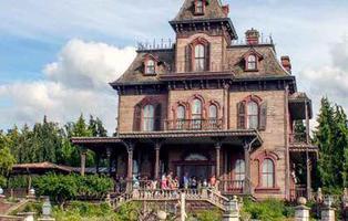Un hombre muere en la Casa Encantada de Disneyland París