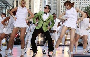 13 canciones ridículamente adictivas que todos hemos bailado alguna vez