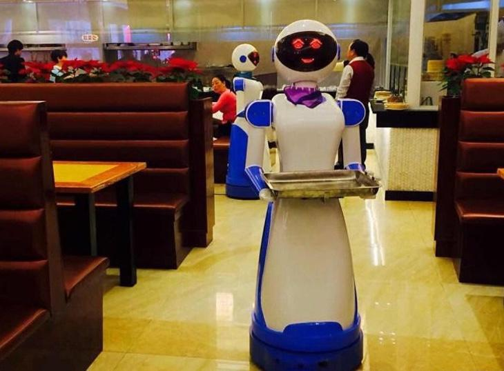 Los robots del restaurante de China despedidos