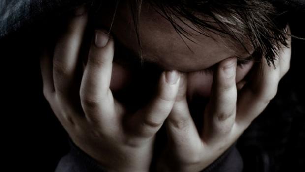 La típica imagen de alguien triste que hay que poner en todo artículo sobre depresión