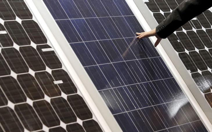 Si una persona tiene excedentes energéticos, con la nueva ley está obligada a regalarla