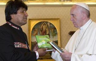 Evo Morales le recomienda al Papa Francisco tomar coca
