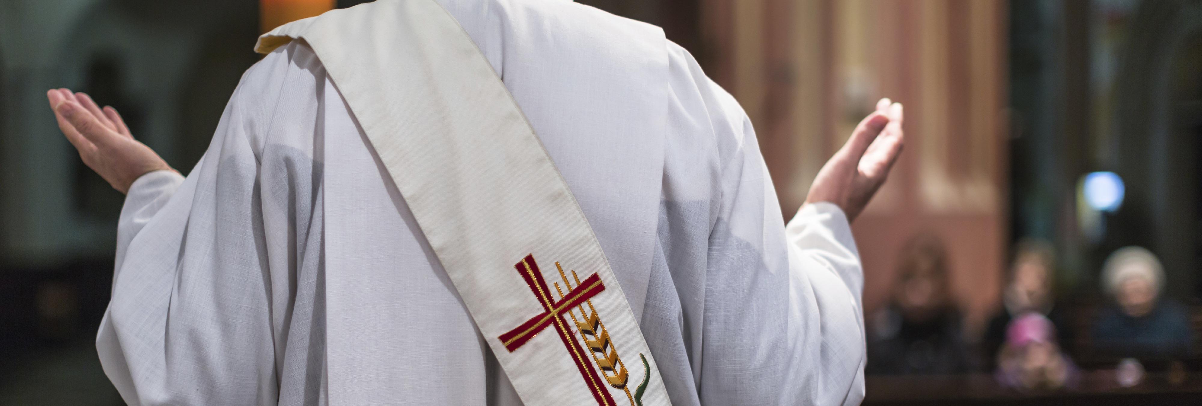 La Iglesia Católica lucha contra leyes anti pederastia