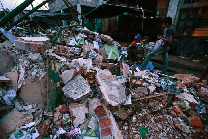 El terremoto ecuatoriano ya cuenta 233 víctimas