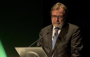 La guerra de Juan Luis Cebrián contra la libertad de expresión