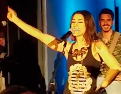 Barei interpreta 'Campanera' y 'Heroes' en la Europarty 2016