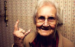 La entrañable historia de la anciana que devolvió un libro a la biblioteca 67 años después