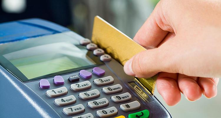 El pago con tarjeta es cada vez mayor