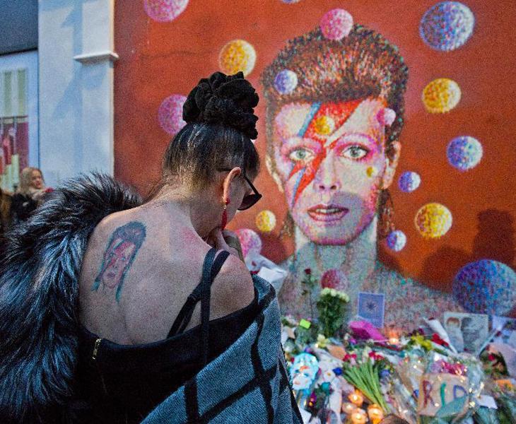 La muerte de David Bowie fue el primer shock de 2016