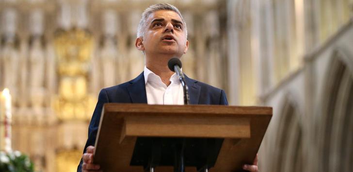 Sadiq Kahn asume su cargo de Alcalde de Londres en la Catedral de Southwalk