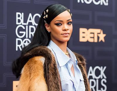 Rihanna podría pagarte la universidad el próximo curso (y ayudarte a salir del armario)