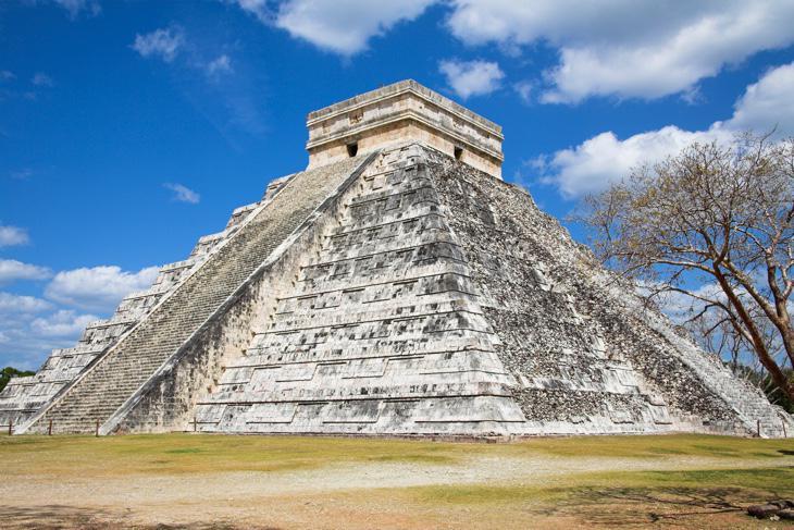 Construcciones Mayas que pueblan la península del Yucatán